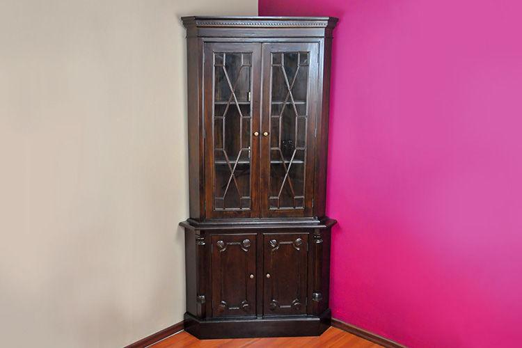 Lemari Sudut Klasik 2 Pintu Kaca Periode Victorian
