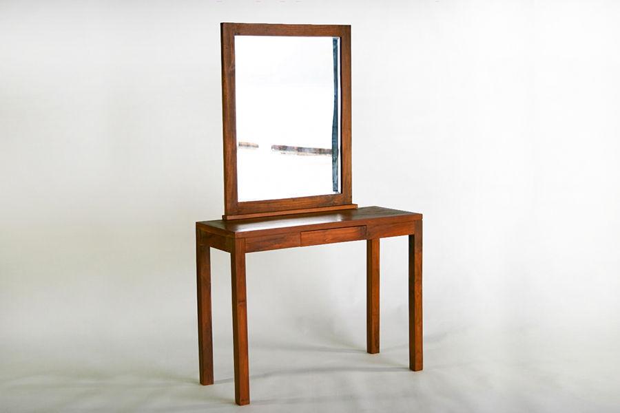 Meja rias kayu jati cermin lengkung